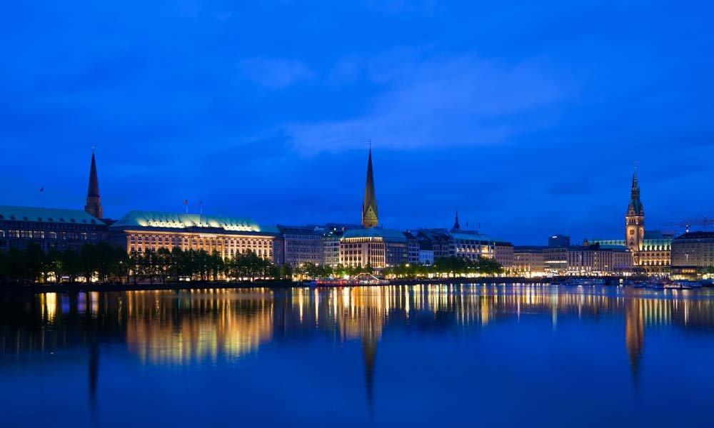 Independent VIP Escort Hamburg sinnlicher & aufregender Escort Service